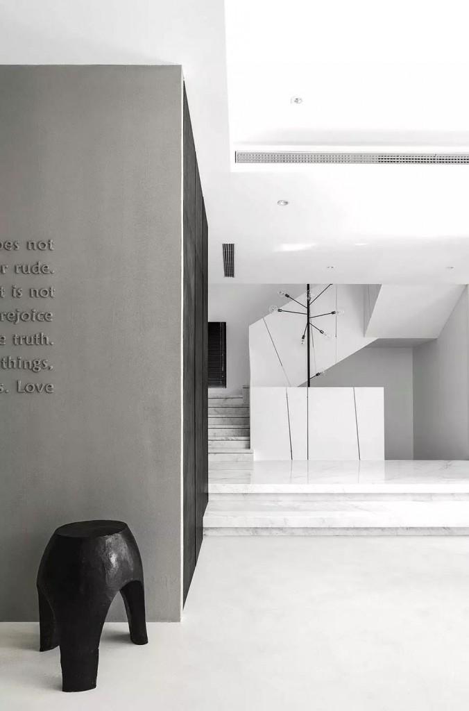 黑白简约设计